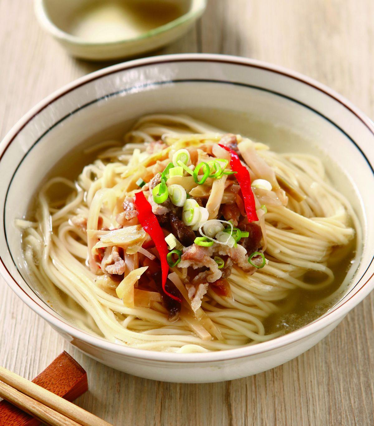 汤面肉丝海带红烧肉炖榨菜炸豆腐图片