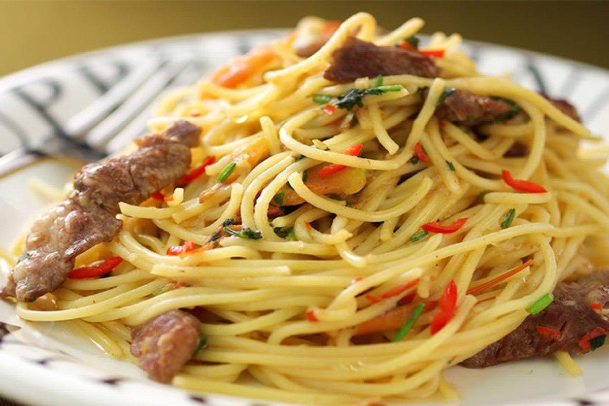 泰味牛肉義大利麵-日韓南洋料理
