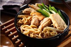 壽喜鍋燒烏龍麵-日韓南洋料理