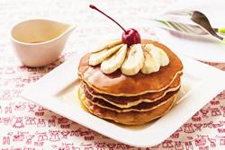 蜂蜜香蕉鬆餅-烘焙