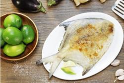 乾煎鯧魚 -中華料理