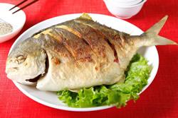 乾煎鯧魚與鯧魚米粉