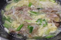 滑蛋牛肉,人氣燴飯第一名-中華料理