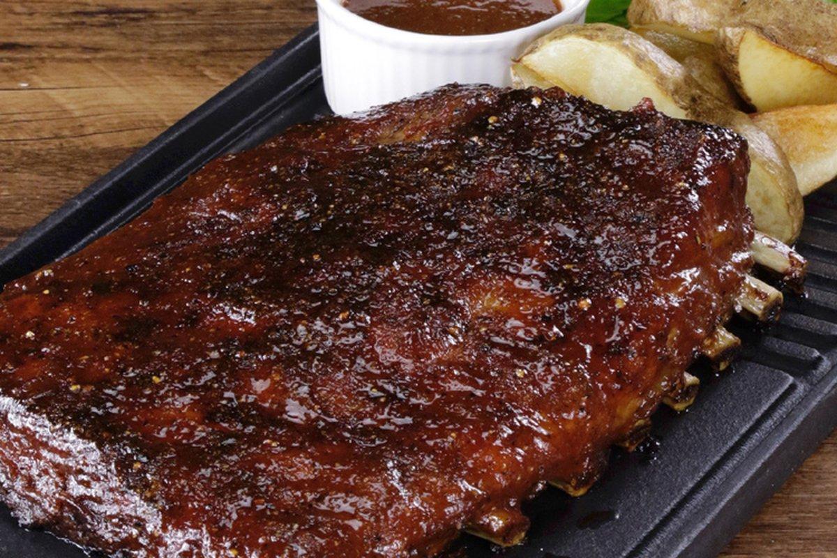 用家庭烤箱做出BBQ豬肋排!