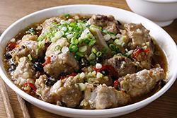 一個電鍋就可以變出的豆豉排骨-中華料理
