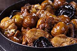 栗子燒雞淋在飯上,人間美味!好吃必推!-中華料理