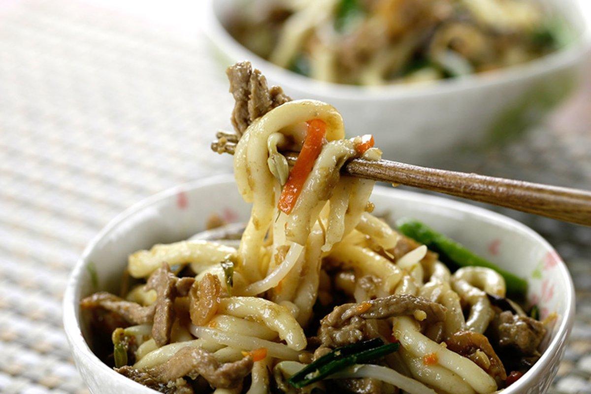 電子鍋炒麵炒米粉嗎?