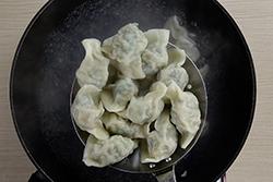水餃內餡加青菜的秘訣,看過不忘!-中華料理