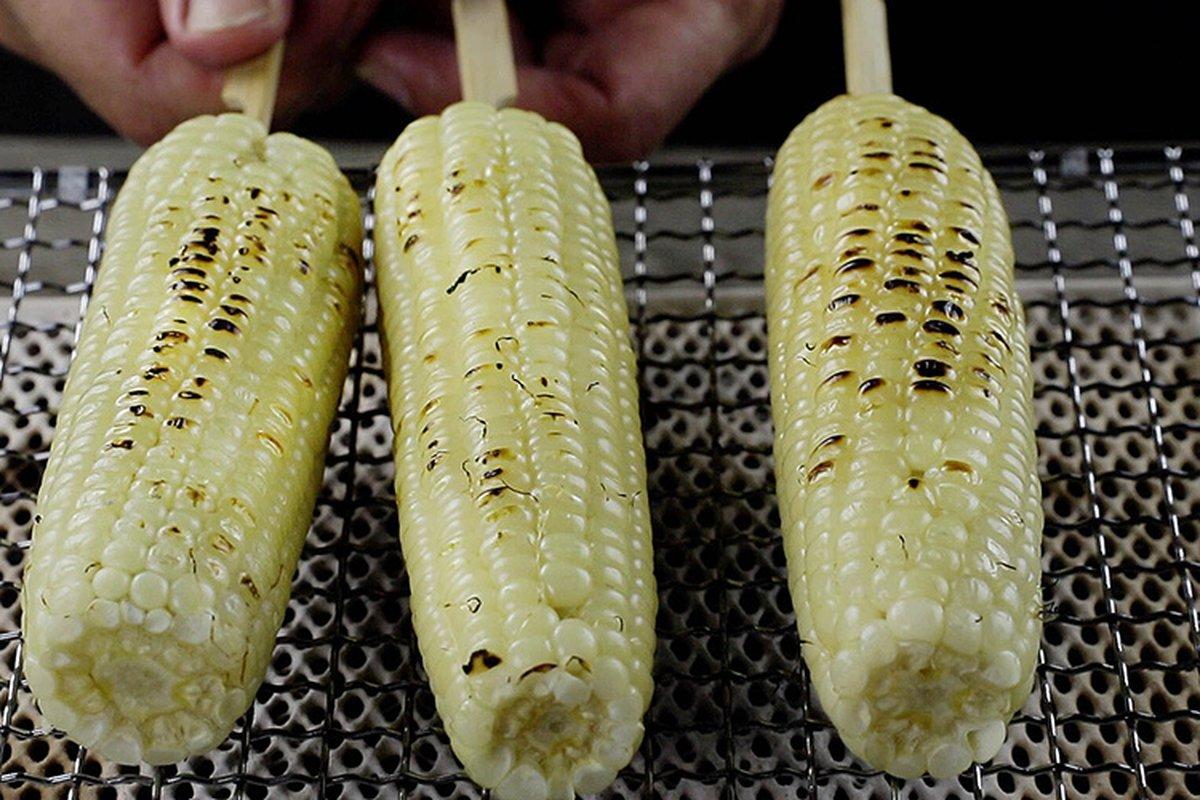 夜市排隊烤玉米,四種獨門醬料大公開!