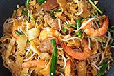 炒粿仔條,用豬油蝦油一起炒!
