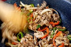 肉片做菜超方便∼-中華料理