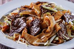 吃膩炒飯?? 試試乾炒牛河-中華料理
