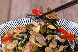 剝皮辣椒的神奇妙用,讓你十分鐘上菜∼-中華料理