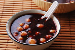 【電鍋】紫米蓮子甜湯
