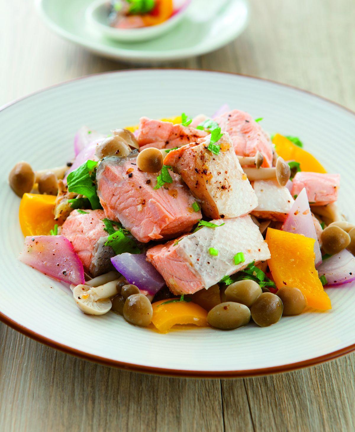 食譜:檸香鮭魚拌香菇