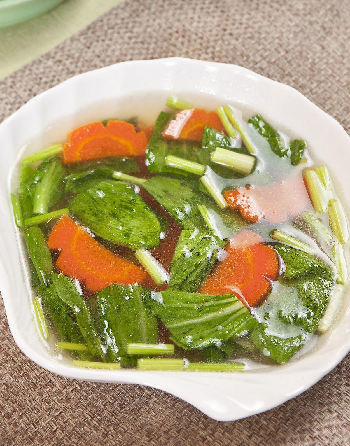 食譜:蔬菜鴨清湯
