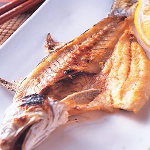 鹽烤吳仔魚