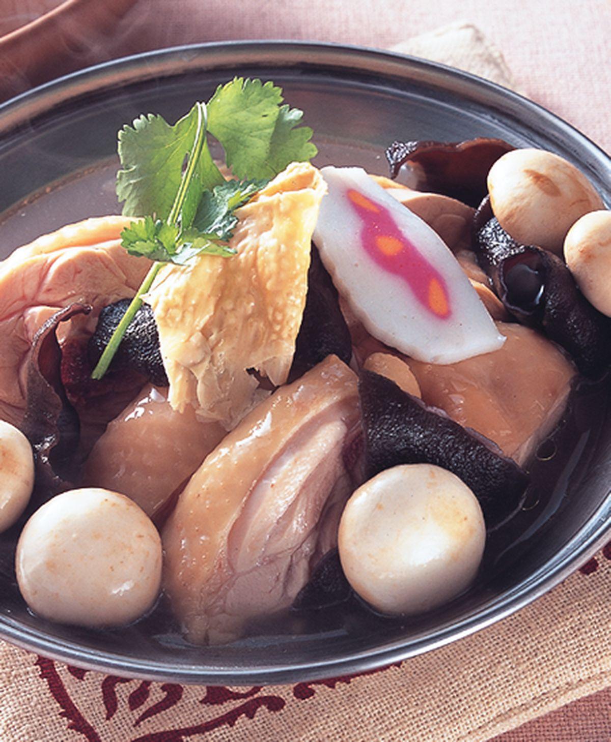 食譜:腐皮嫩雞鍋