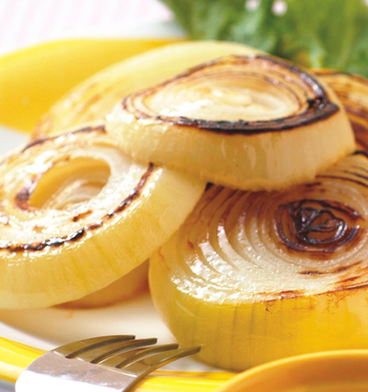 食譜:烤洋蔥優格沙拉