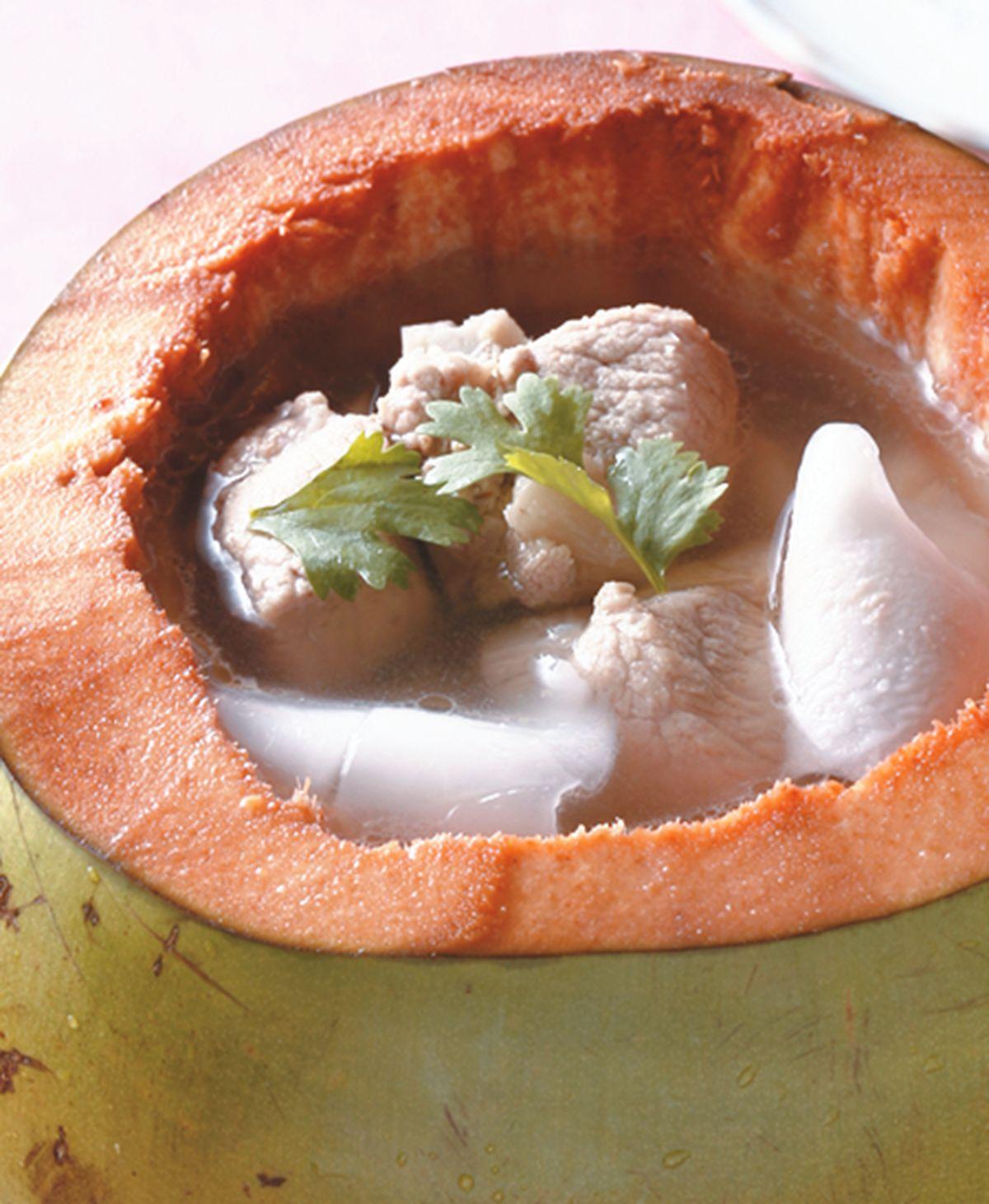 食譜:椰子排骨湯