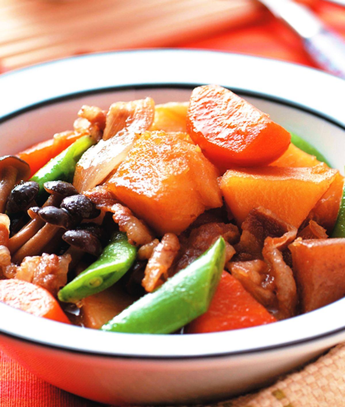 食譜:馬鈴薯燉肉(1)