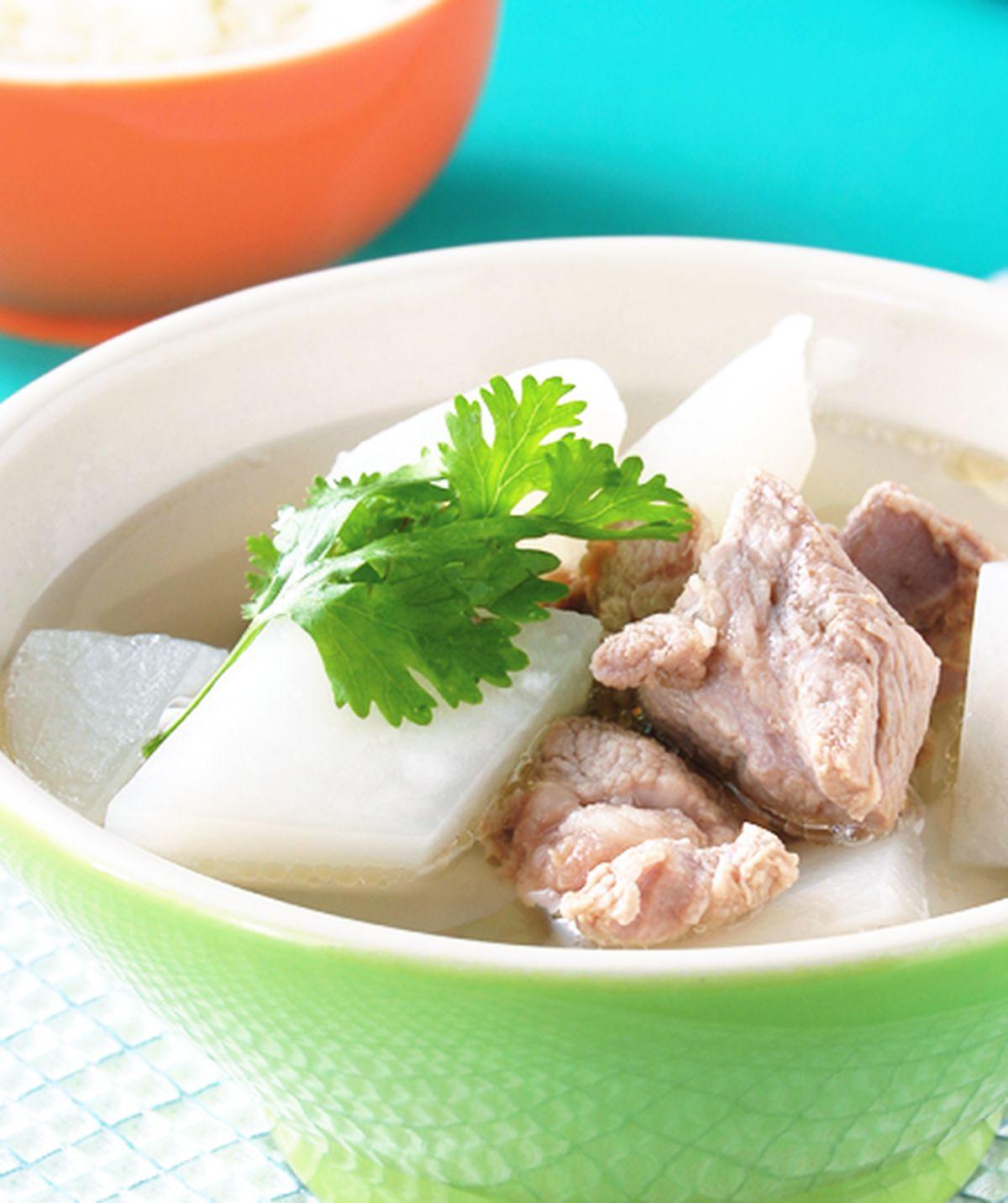 食譜:蘿蔔排骨湯(1)