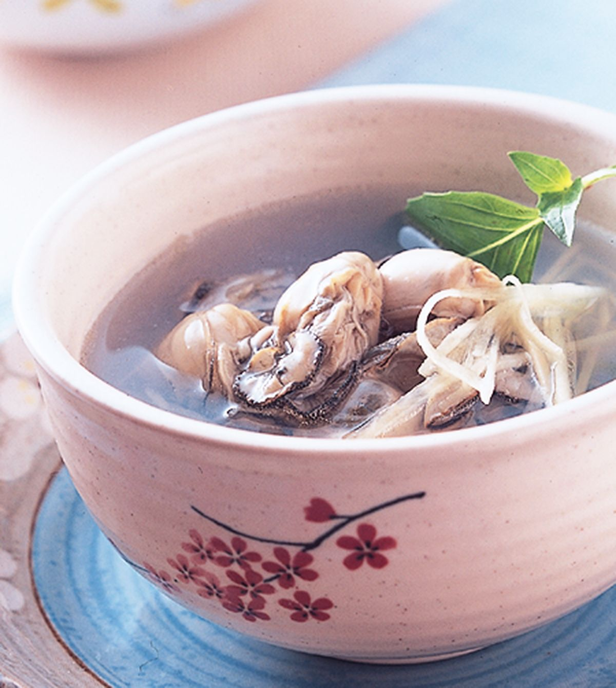 食譜:薑絲塔香鮮蚵湯