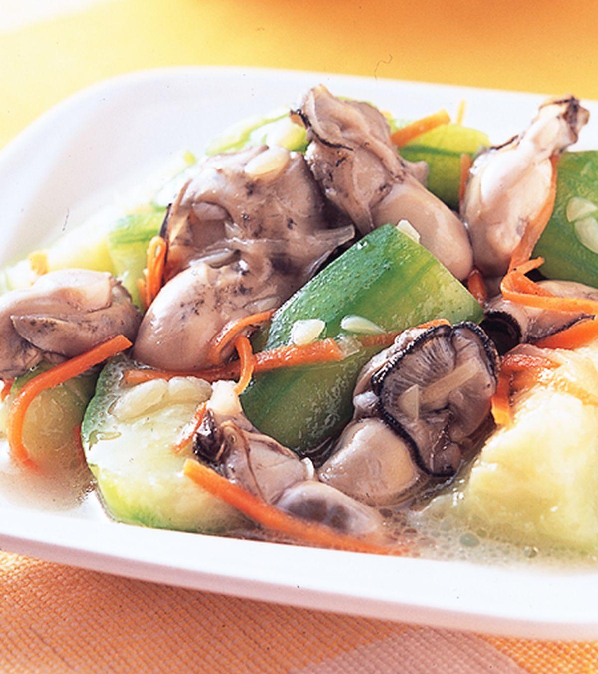 食譜:絲瓜炒鮮蚵
