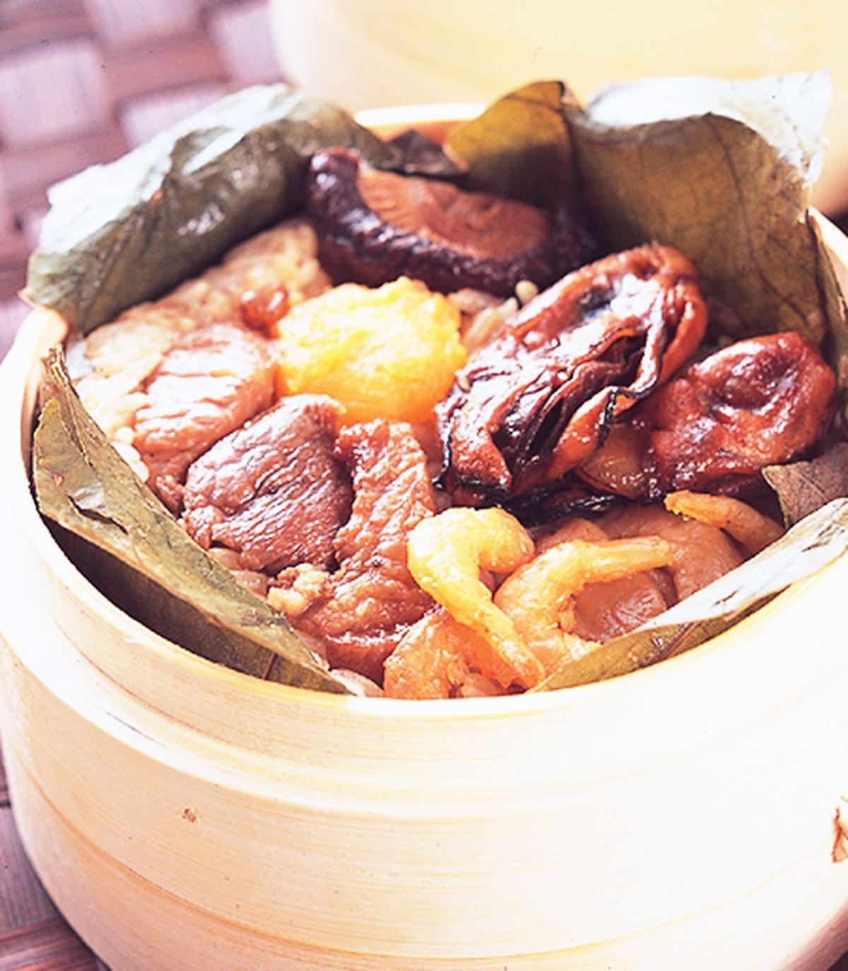食譜:荷葉蠔乾蒸飯
