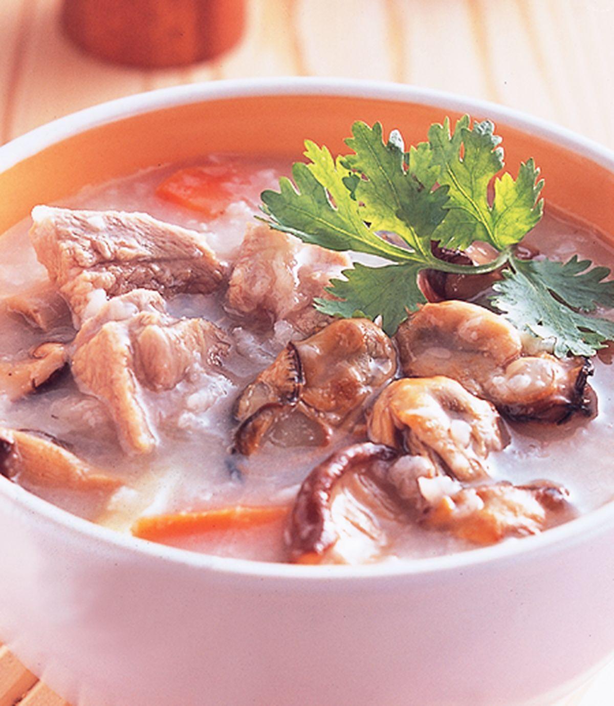 食譜:排骨蠔乾粥