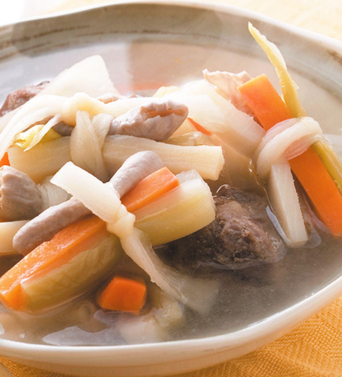 食譜:筍乾豬腸酸菜湯