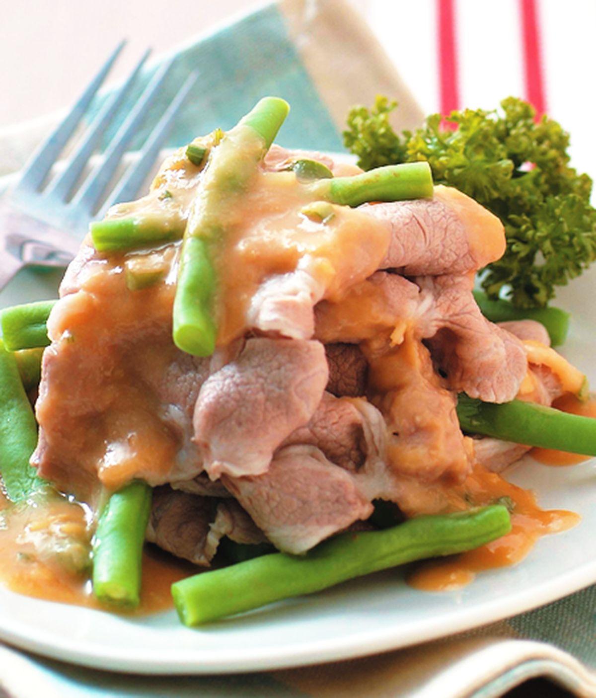 食譜:涼拌梅花肉片