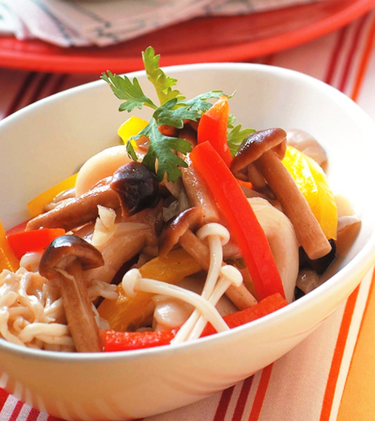 食譜:涼拌什錦菇