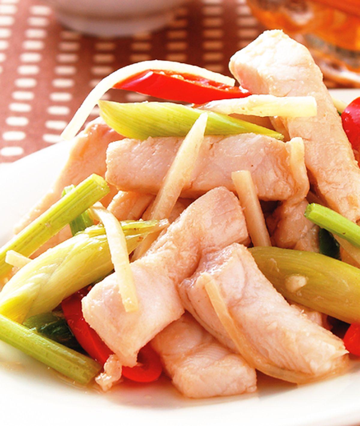 食譜:蒜苗炒鯊魚(1)
