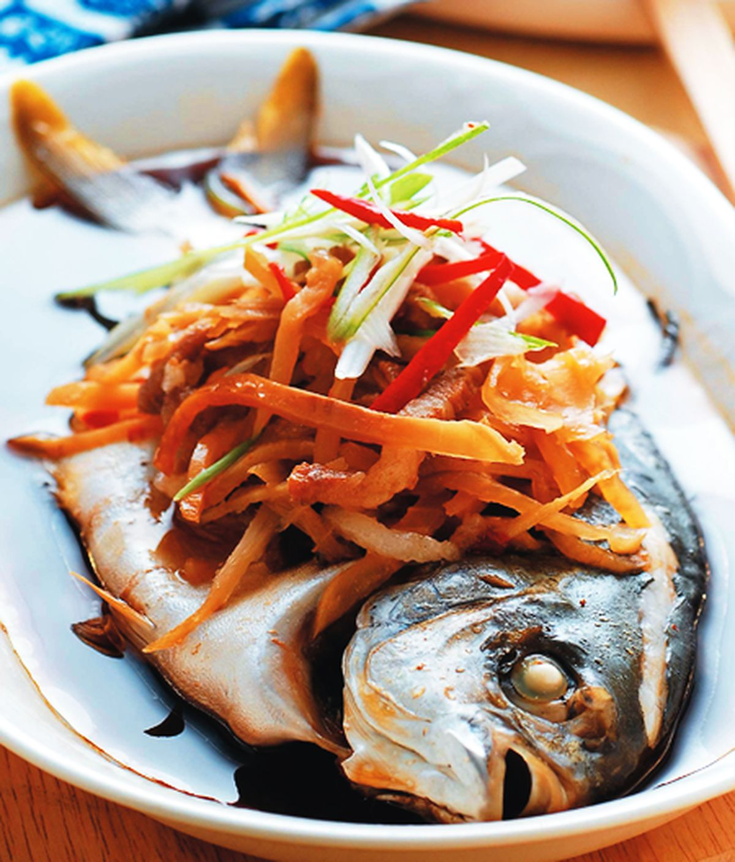 食譜:榨菜肉絲蒸魚
