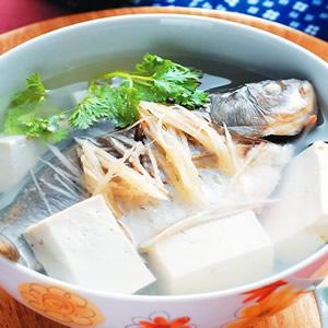 薑絲鯽魚湯