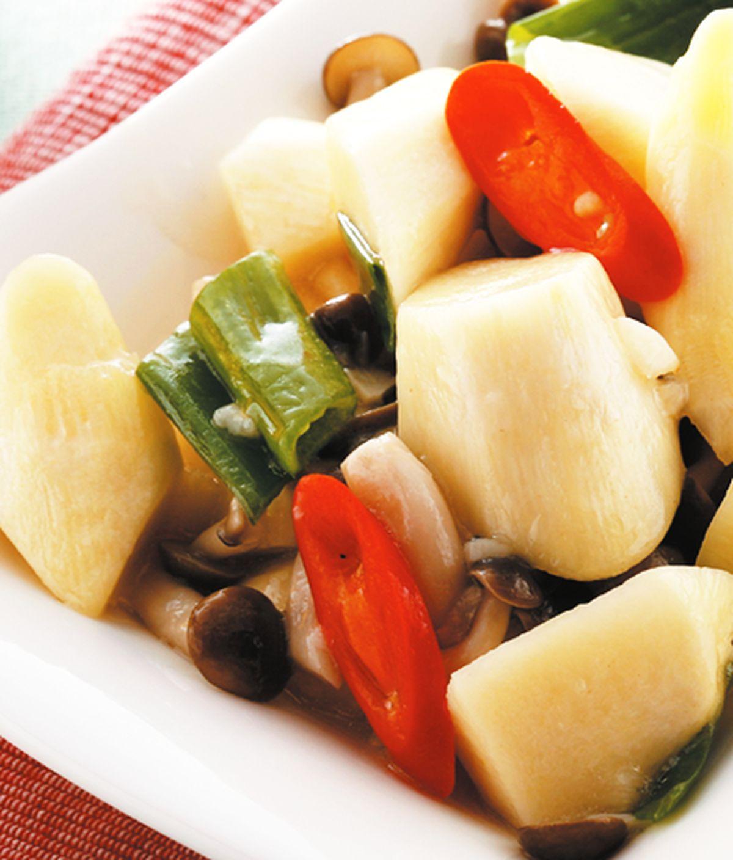 食譜:茭白筍炒鴻禧菇