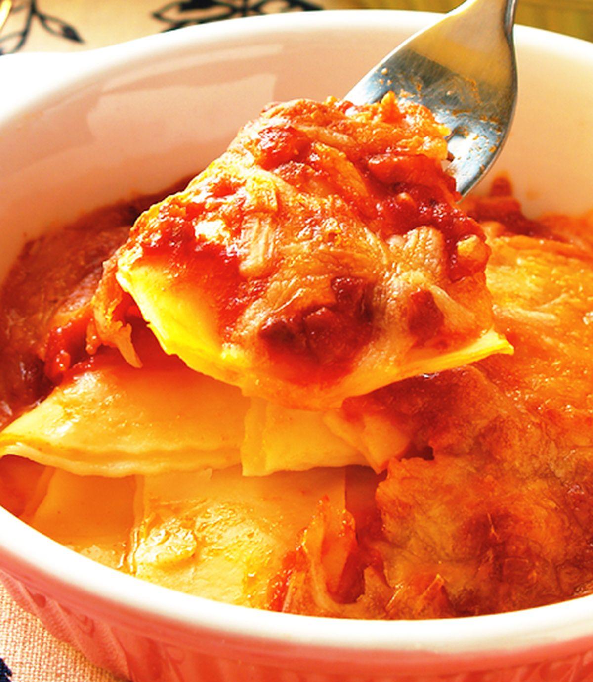 食譜:肉醬焗麵餃