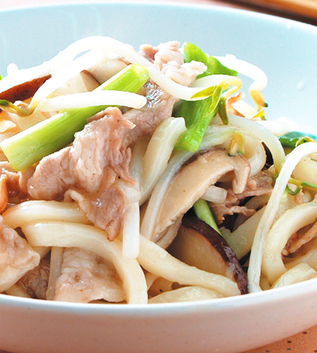 食譜:豬肉炒烏龍麵