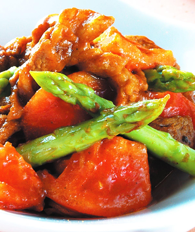 食譜:蕃茄咖哩炒肉片