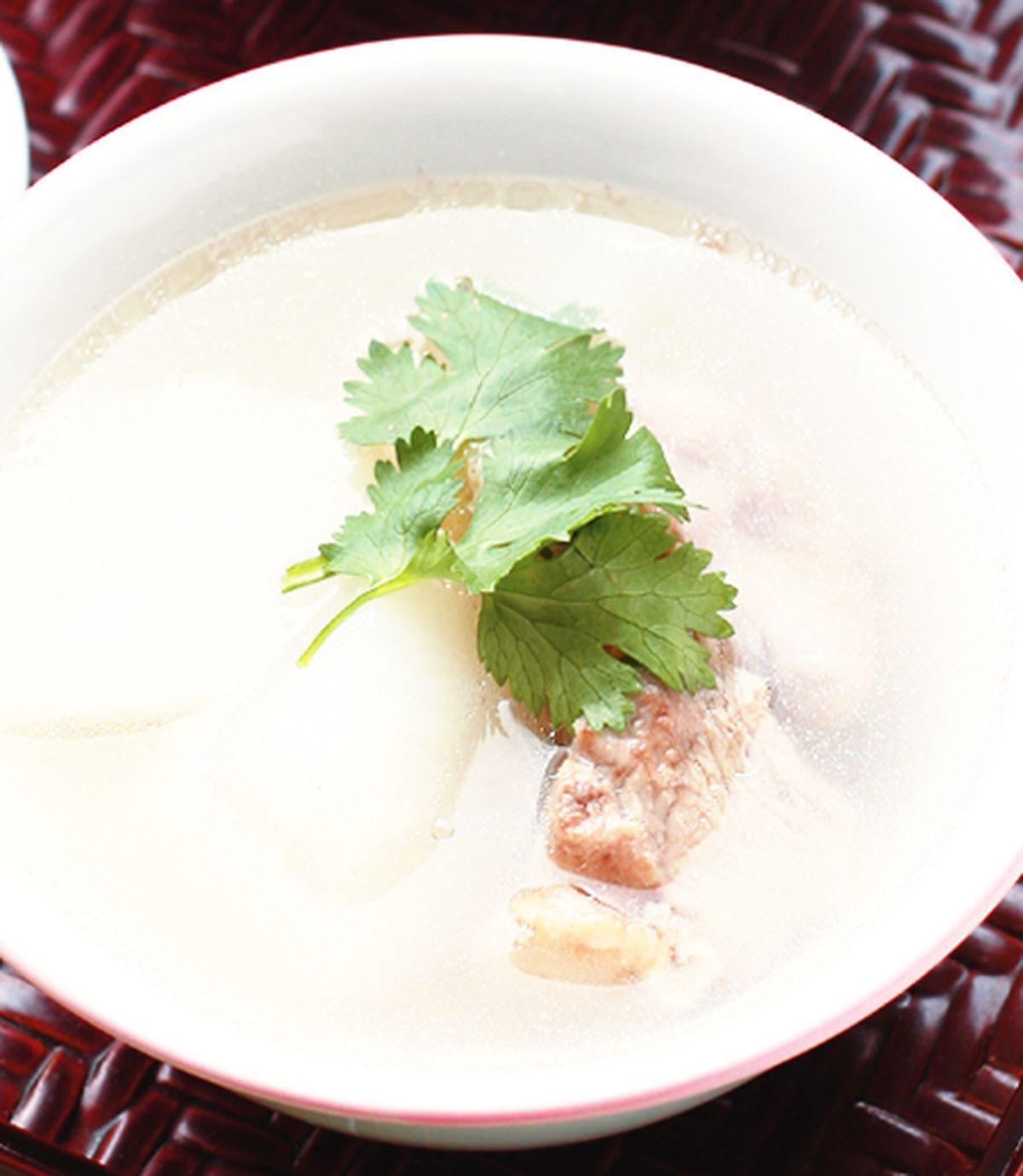 食譜:蘿蔔排骨湯(2)