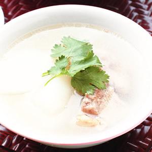 蘿蔔排骨湯(2)