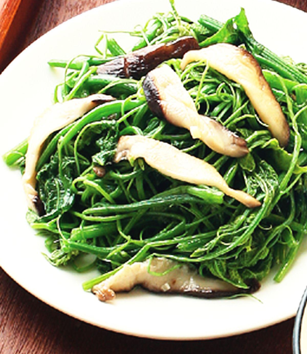 食譜:鮮菇炒龍鬚菜