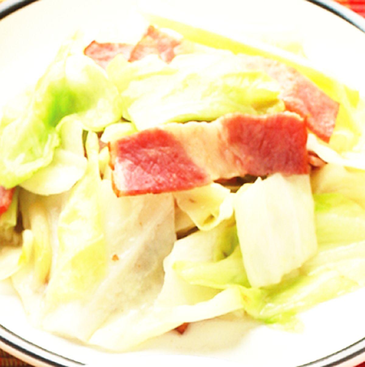 食譜:培根炒高麗菜(1)