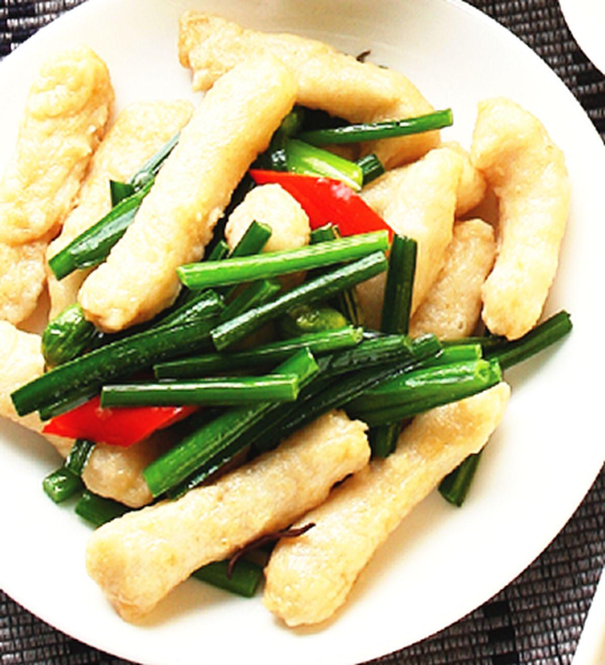 食譜:韭菜花炒甜不辣(1)