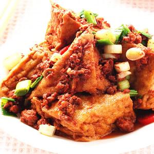 肉醬炒油豆腐