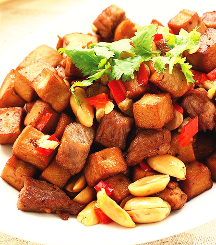 食譜:肉丁豆干角