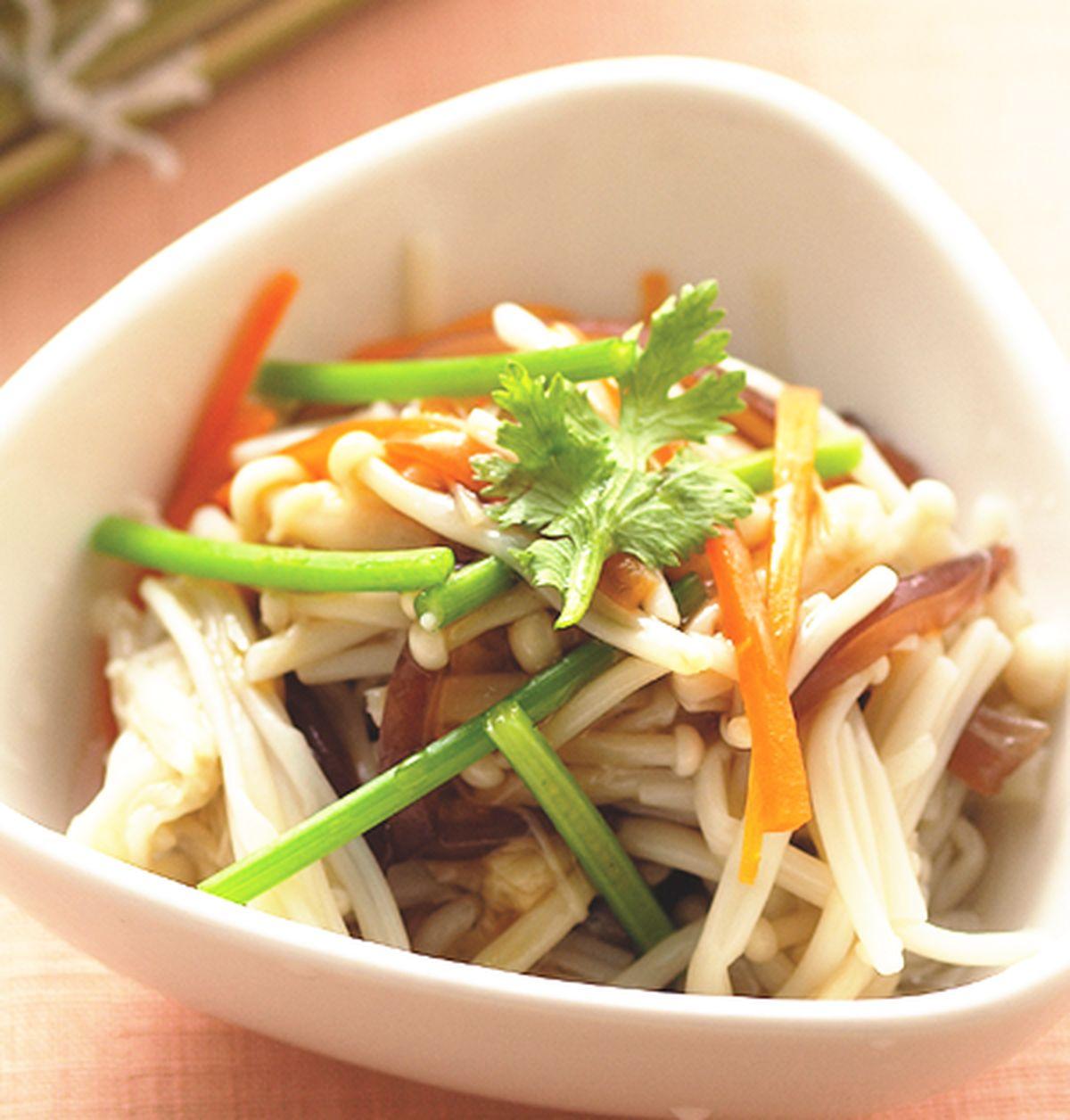 食譜:滷汁拌金針菇