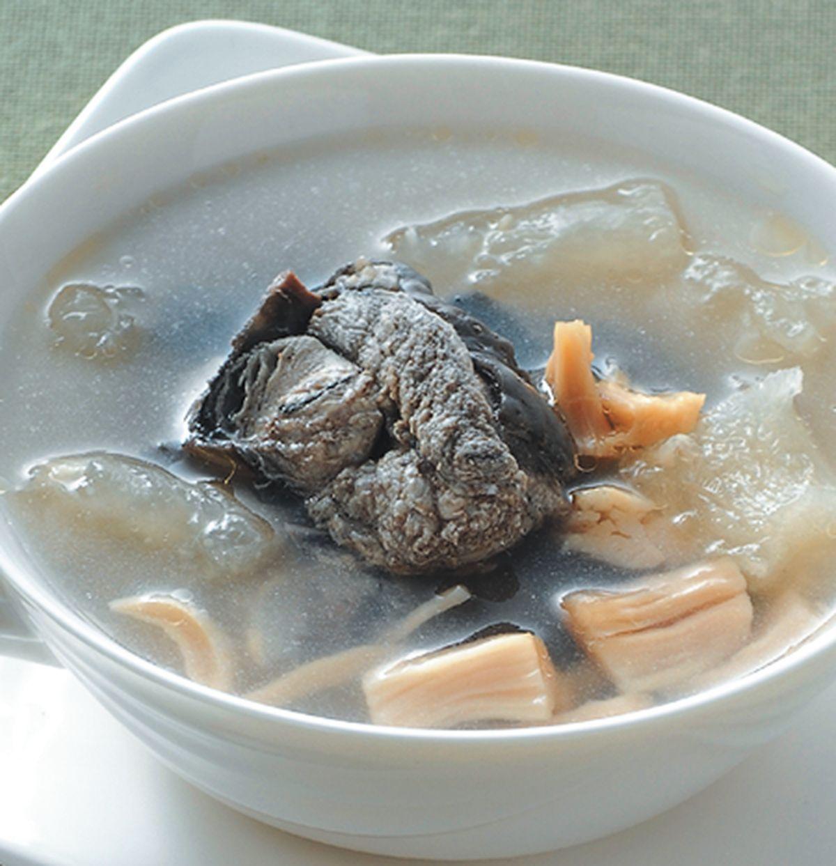 食譜:干貝蹄筋燉雞湯