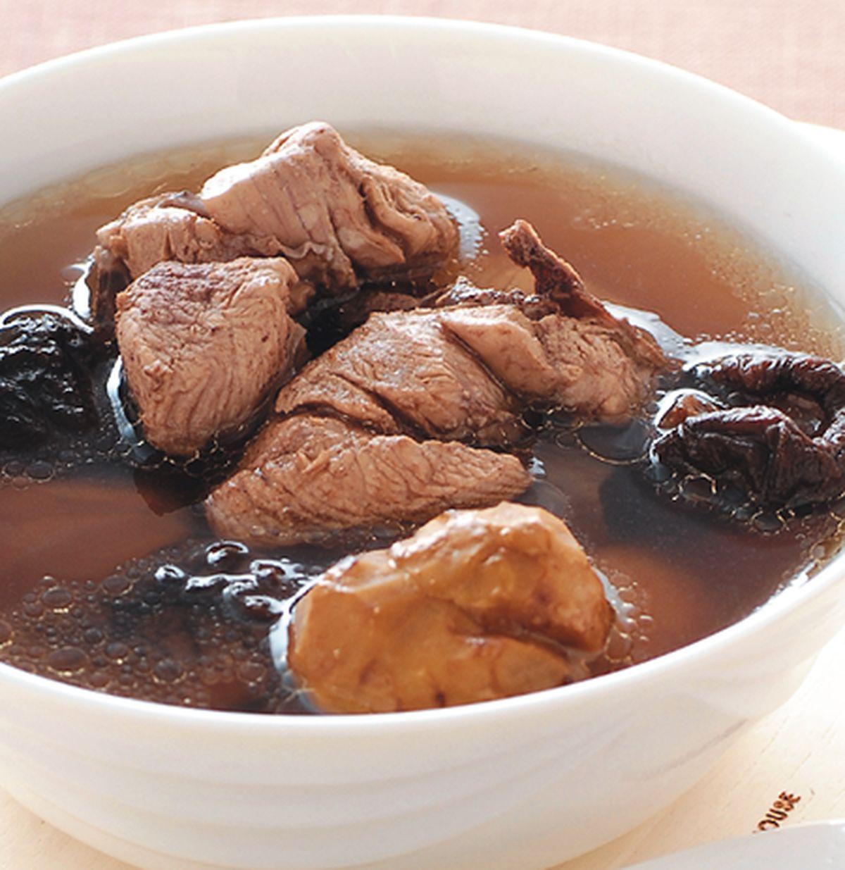 食譜:栗子冬菇雞湯